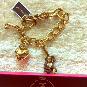 Juicy Couture Gold Starter Bracelet plus 1 Charm